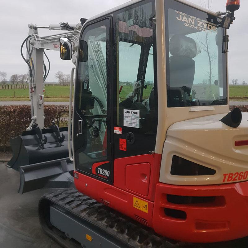 Verhuur heftrucks, minikranen, compactladers en verreikers in West-Vlaanderen - Jan Zyde Diksmuide